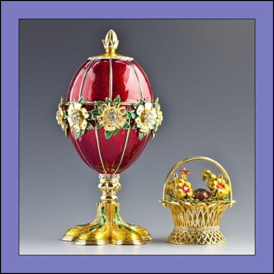 Huevo-de-las-Flores-de-Fabergé-Anallasa-02