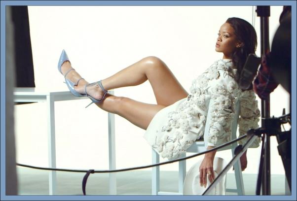 Colección-Rihanna-Denim-Desserts-Manolo-Blahnick-Anallasa-06