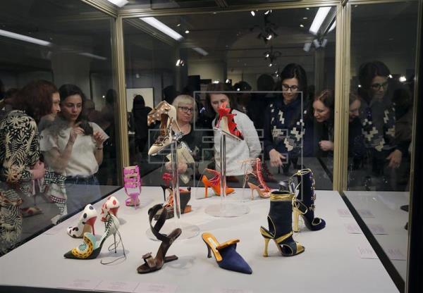 Exposición-Milan-Manolo-Blahnik-Anallasa